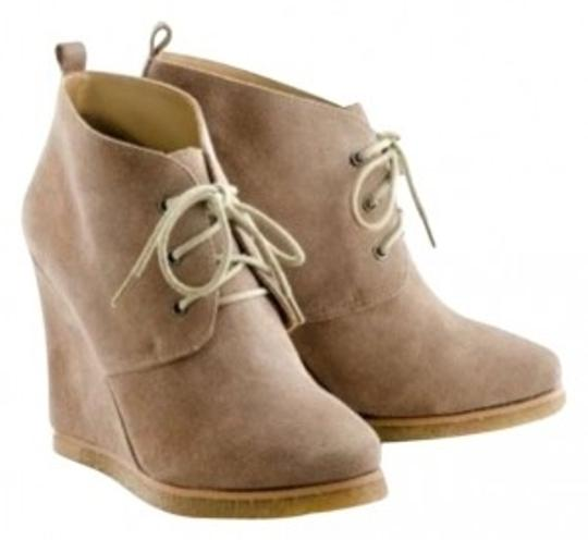 Preload https://img-static.tradesy.com/item/175077/shoemint-taupe-jolly-bootsbooties-size-us-75-0-0-540-540.jpg