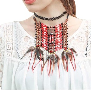 Other Bohemian necklace with color beads and fearhers