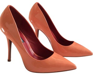 Charles Jourdan Rose (Color is more peach than pink) Pumps