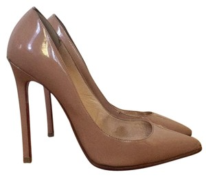 Chirstian Louboutin size 39 pointy toe nude pigalle Nude patent leather Pumps