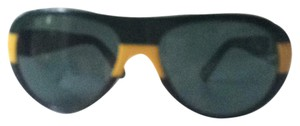 Prada Rare Prada sunglasses, can be worn by both women and men