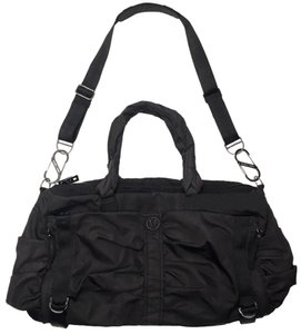 Lululemon Gym Exercise Black Nylon Ridged Shoulder Travel Bag