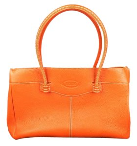 Tod's Tods Leather Mocassino Tote in Orange