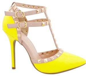 Wild Diva Yellow/Tan/Gold Pumps