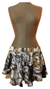 Paper Crane Mini/Short Shorts Black, Yellow, Gray