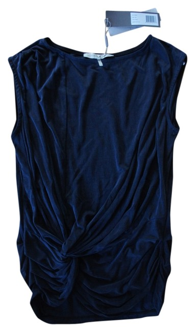 Preload https://item4.tradesy.com/images/halston-navy-wi110209-blouse-size-0-xs-1752003-0-0.jpg?width=400&height=650