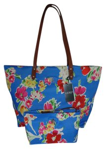 Lauren Ralph Lauren Top Zip Closure Cosmetic Case Tote in blue floral