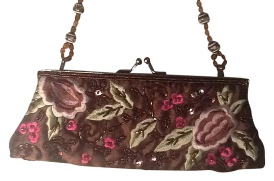 Preload https://item5.tradesy.com/images/no-designer-beading-clutch-brown-wgreen-and-pink-1752159-0-0.jpg?width=440&height=440