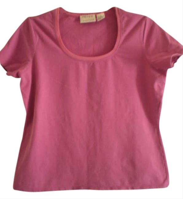 Preload https://img-static.tradesy.com/item/175225/preview-international-fushia-tee-shirt-size-14-l-0-0-650-650.jpg