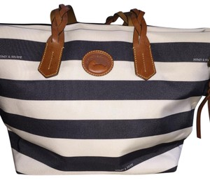 Dooney & Bourke Tote in Dk Blue and White