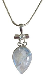 Blue Fire Moonstone Gemstone Pendant Necklace in 925 Sterling Silver Design