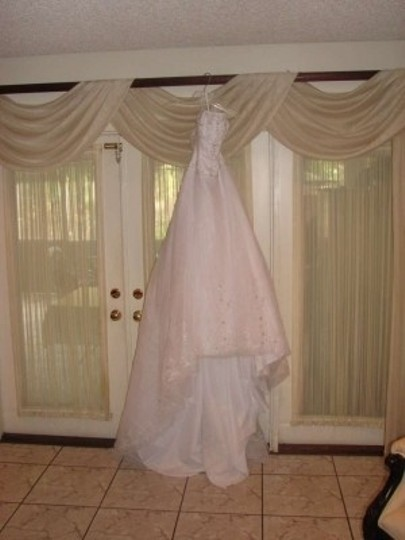 Casablanca White with Silver Beads; White/White Sheer Organza 1690 Traditional Wedding Dress Size 6 (S)