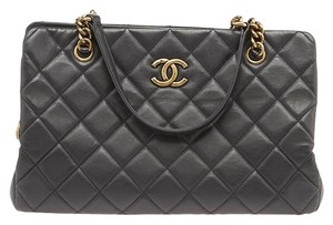 Chanel Accordion Quilted Tote in Black