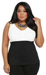 Torrid Contrast Chiffon 3x 22/24 Brand New Top Black & White