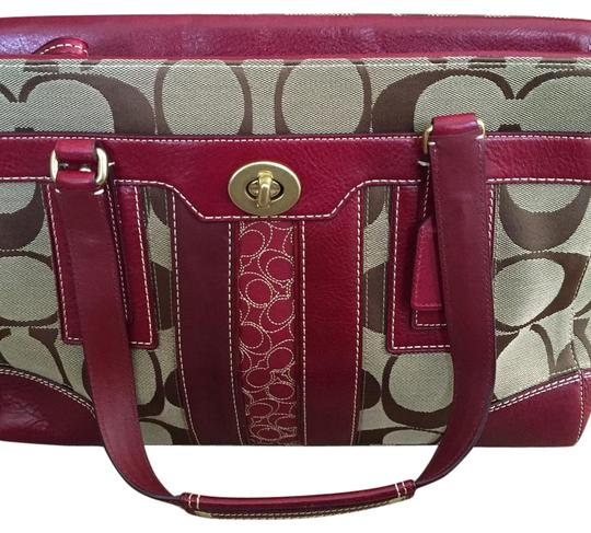 Preload https://img-static.tradesy.com/item/17529577/coach-hamptons-signature-large-carryall-brown-red-canvas-leather-tote-0-1-540-540.jpg