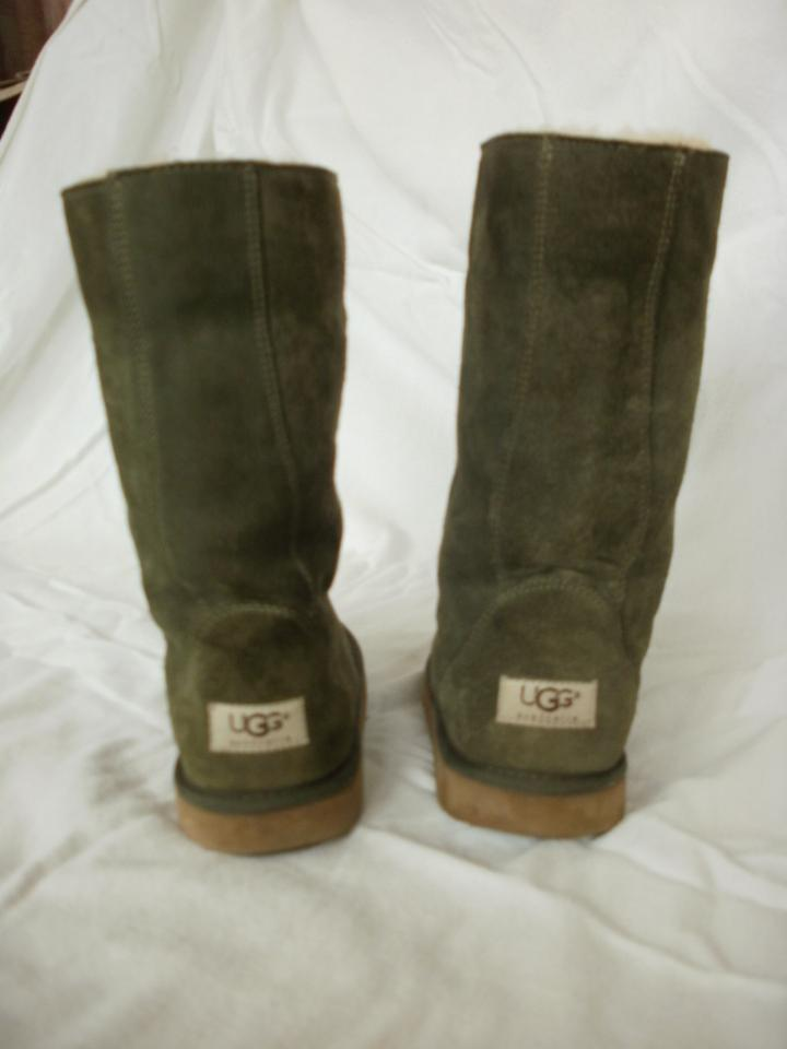 61de8c8fee9 UGG Australia Moss Green/Dark Sage F3005e Boots/Booties Size US 7 Regular  (M, B)