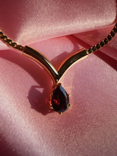 Other New garnet solitaire necklace