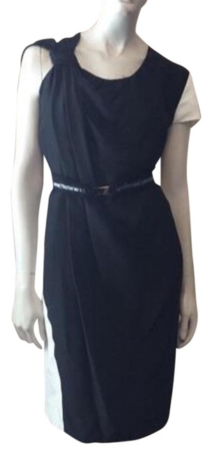 Item - Black/White Knee Length Night Out Dress Size 4 (S)
