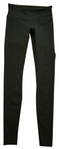 Lululemon LIKE NEW LULULEMON WUNDER UNDER PANT GATOR GREEN SIZE 4
