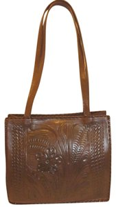 Leaders in Leather Refurbished X-lg Tote in Brown