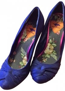 Rocket Dog blue Pumps