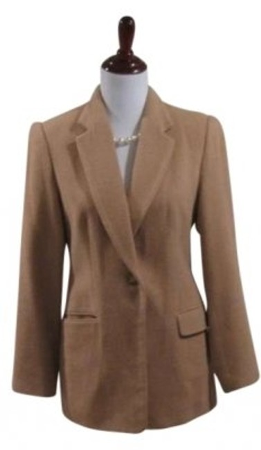 Preload https://item5.tradesy.com/images/brooks-brothers-camel-women-s-blazer-size-6-s-175389-0-0.jpg?width=400&height=650