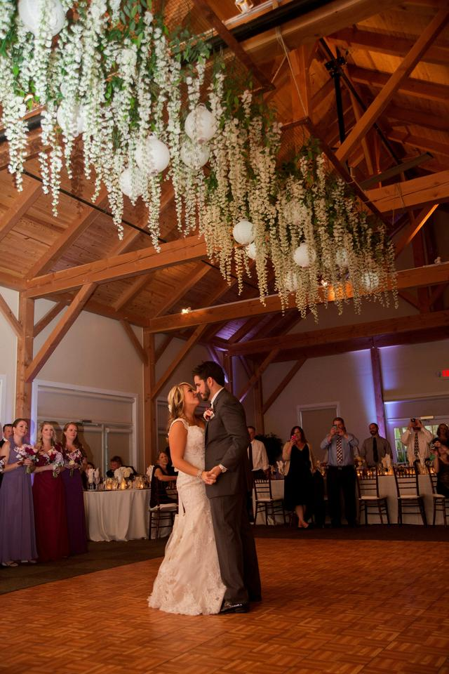 wisteria hanging flowers with lanterns over dance floor twilight wedding inspired tradesy. Black Bedroom Furniture Sets. Home Design Ideas