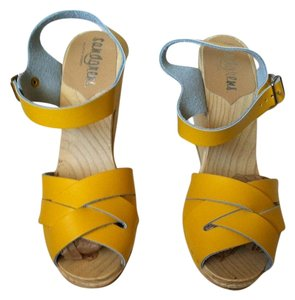 Anthropologie Leather Swedish Wedge Wooden Yellow Wedges