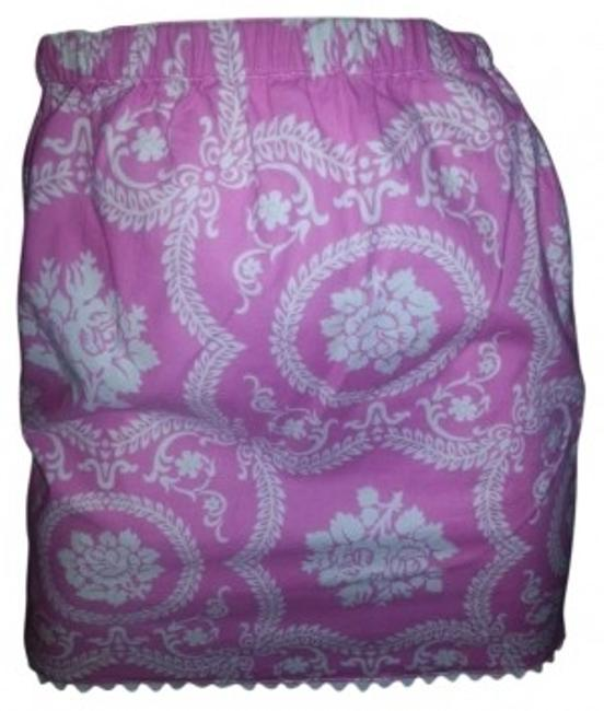 Preload https://img-static.tradesy.com/item/175430/pink-and-white-floral-sweet-funky-moms-miniskirt-size-4-s-27-0-4-650-650.jpg