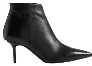 Burberry Manor Leather Black Boots