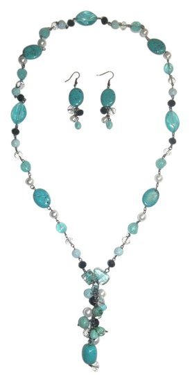 Preload https://img-static.tradesy.com/item/1754711/turquoise-natural-long-earrings-set-necklace-0-1-540-540.jpg