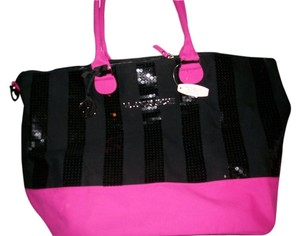 Victoria's Secret Black and Pink Travel Bag