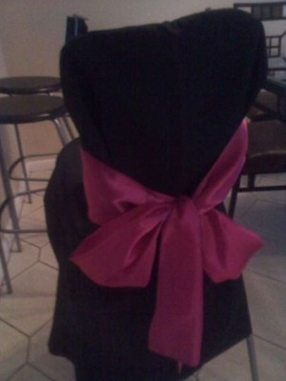 Preload https://item4.tradesy.com/images/dark-pink-75-chair-sashes-tablecloth-175493-0-0.jpg?width=440&height=440