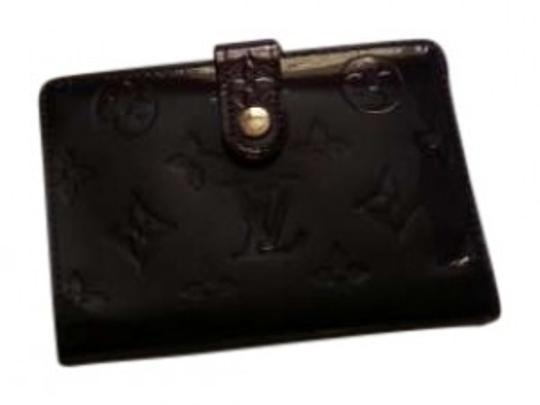 Preload https://item3.tradesy.com/images/louis-vuitton-plum-8-card-slot-with-coin-purse-wallet-175547-0-0.jpg?width=440&height=440