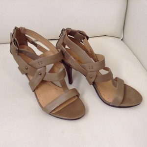 Nine West Studded Leather Platform Olive Strappy Green Sandals