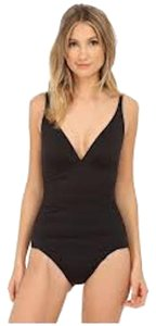 Tommy Bahama Tommy Bahama Pearl Solids Over the Shoulder V-Neck Cup 1 Piece Black Size 8