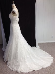 Pronovias All Lace Sexy Off White Sz 12/14 Sheer Built-in Corseting Tank Straps Wedding Dress
