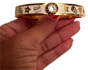 Henri Bendel *Sold*Henri Bendel bangle bracelet