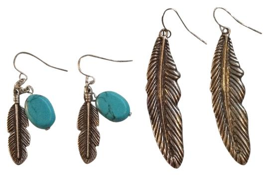 Urban Outfitters Two Pairs Brushed Silver Feather Earings