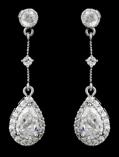 Preload https://item1.tradesy.com/images/clear-cz-highest-quality-czrhodium-vintage-style-earrings-1757025-0-0.jpg?width=440&height=440