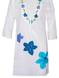 Tommy Bahama NEW!!! Embellished Tunic with Appliques