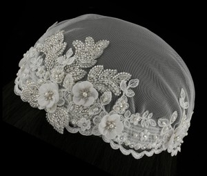 Gatsby Stlyed Ivory Headpiece