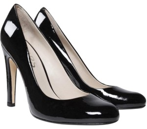 Michael Kors Black patent Pumps