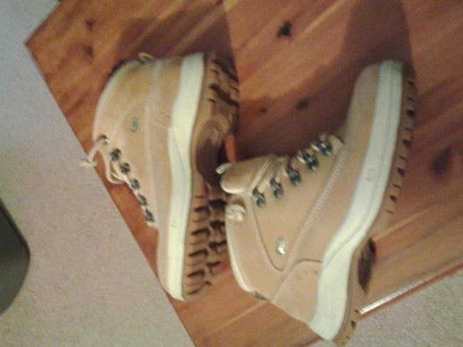 Item - Light Tan Sn5494 Boots/Booties Size US 7.5 Wide (C, D)