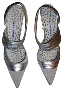Manolo Blahnik Silver / Grey Pumps