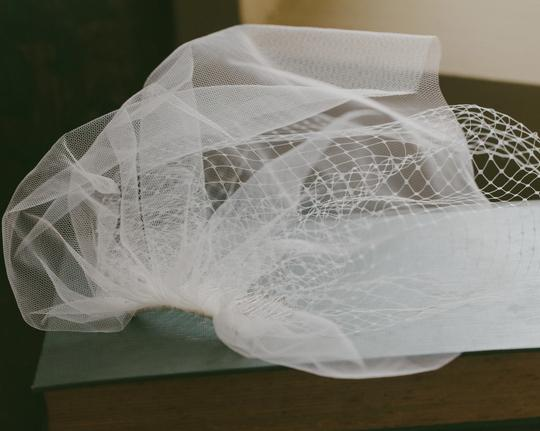 Ivory Birdcage French Netting and Tulle Vei Bridal Veils