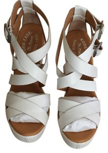 Kork-Ease White Wedges