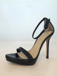 caffebe4401a Zara Shoes on Sale - Up to 85% off at Tradesy