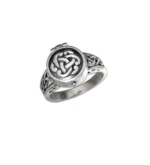 Preload https://item3.tradesy.com/images/antique-silver-sterling-celtic-knot-poison-ring-1758597-0-0.jpg?width=440&height=440
