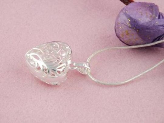 Silver Bogo Free Puffed Heart Free Shipping Necklace